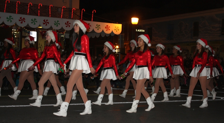 tis the season - christmasparade