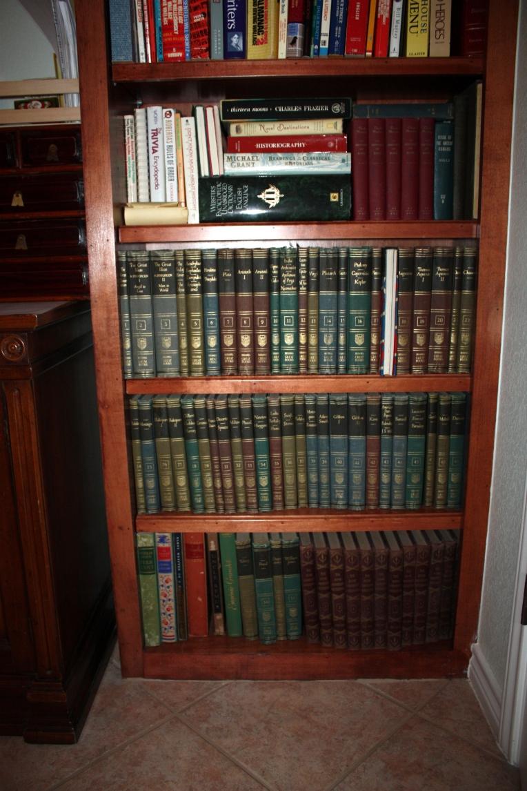 corner bookcase - 3