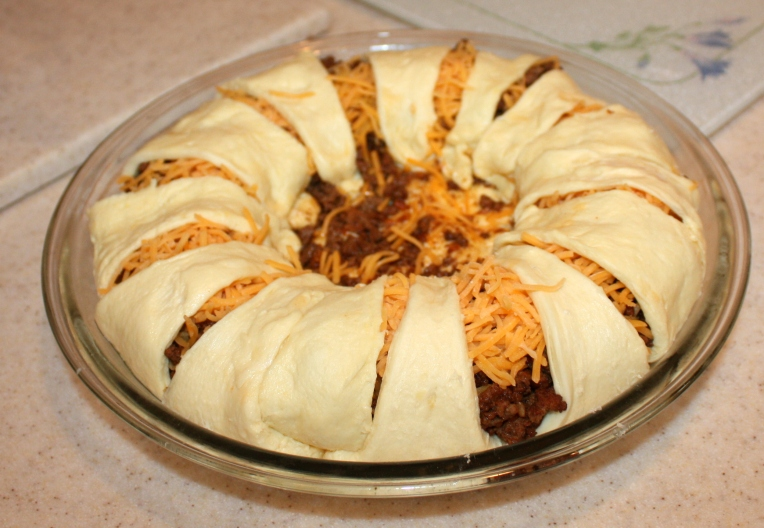 Crescent Roll Taco Pie