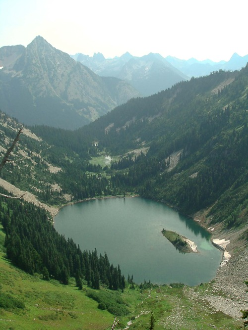 valley, lake,mountain