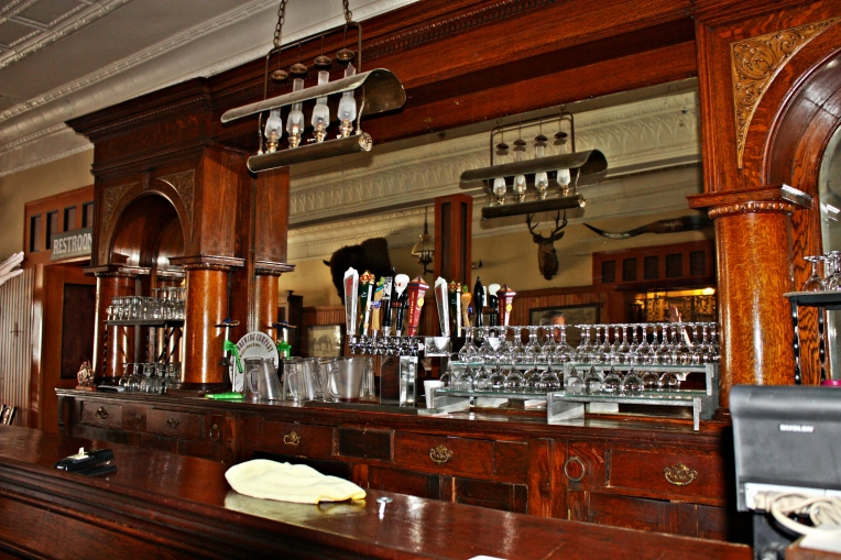 the bar - Eklund Hotel